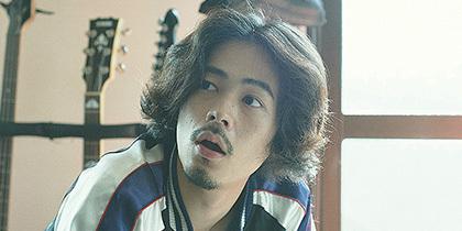 現在公開中の映画『キセキ,あの日のソビト』に出演している俳優・モデルの成田凌。